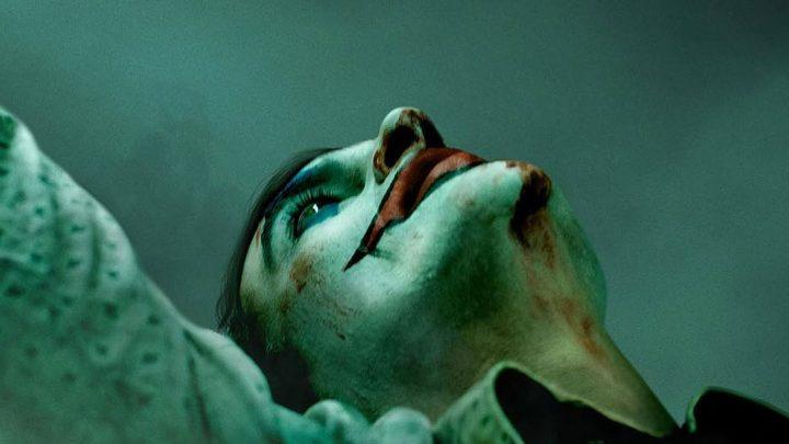 Joker: režisér Todd Phillips odhalil prvý plagát k očakávanému origin príbehu