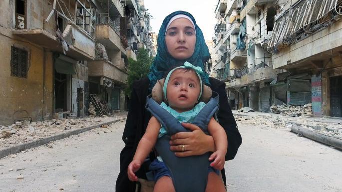 Pre Samu recenzia: Devastujúci pohľad do útrob obliehaného Aleppa