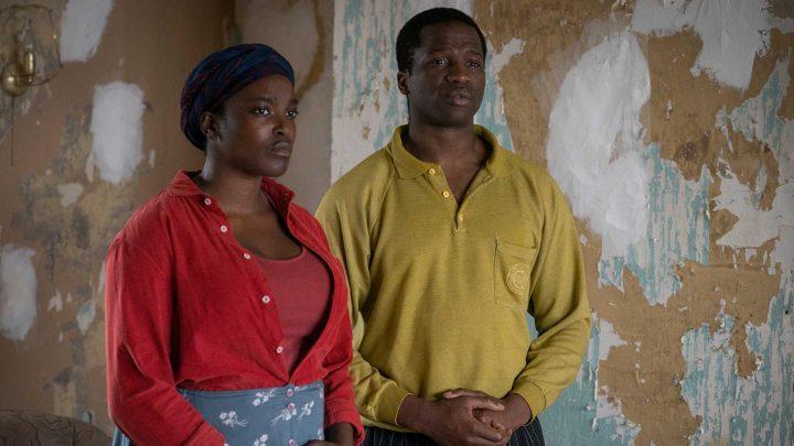 His House recenzia: Desivý horor s utečencami v hlavnej úlohe je príjemným prekvapením